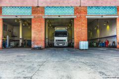 Truck or lorry repair shop service Kuvituskuvat