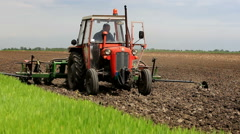 Sowing maize in full swing Stock Footage