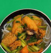 Vietnamese chicken noodle soup Stock Photos