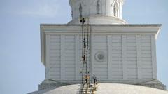 Men carried out repairs on Ruwanwelisaya Stupa in Anuradhapura, Sri Lanka. Stock Footage