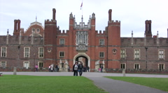 Entrance to Hampton Court Palace Stock Footage