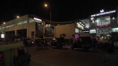 A mall near MG Road station on Delhi Metro at Gurgaon, Haryana Stock Footage