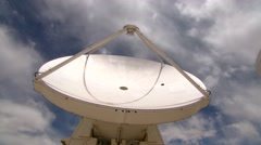 Mighty radio telescope moving Stock Footage