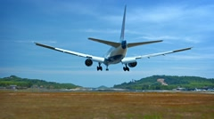 Video FullHD - Medium-sized passenger airliner with two jet engines lands saf Stock Footage