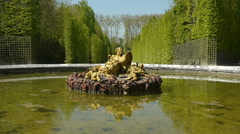 Pont of Saturn, seasonal basin at Versailles. France Stock Footage