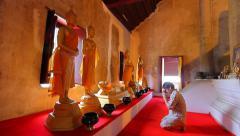 People worship Buddha, Wat Thung Yang, Ancient buddha temple. Stock Footage