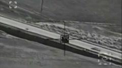 U.S. Airstrike on Vehicle-Borne IED Near Kobani, Syria Arkistovideo