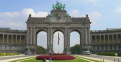 Parc du Cinquantenaire, main park of Brussels Stock Footage