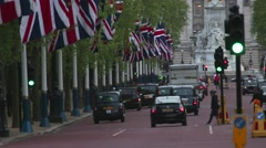 London - The Mall Looking Towards Buckingham Palace Stock Footage