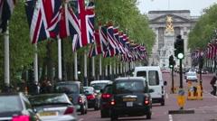 London - The Mall Looking Towards Buckingham Palace Stock Footage