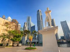 Sir Stamford Raffles statue, Singapore City - stock photo