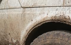 Muddy White Jeep Kuvituskuvat