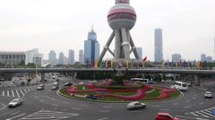 Time lapse of Shanghai Skyline and Oriental Pearl Tower at dusk Stock Footage