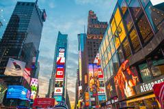 New York - DECEMBER 22, 2013: Times Square on December 22 in USA Kuvituskuvat