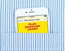 White iPhone 6 displaying applications Kuvituskuvat