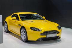 Aston Martin V8 Vantage S Kuvituskuvat
