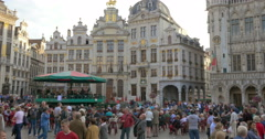 Brussels (Bruxelles) - is the capital and largest city of Belgium, main square. Stock Footage