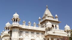 View on fronts of Jaswant Thada temple from outdoor garden. Stock Footage