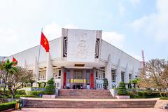 Ho Shi Min mausoleum in Hanoi city Stock Photos