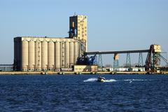 Factories on Detroit River Shipping Kuvituskuvat