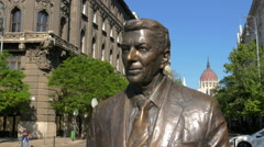 Statue of Ronald Reagan in city center of Budapest, Hungary Stock Footage