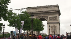 People in front of Arc de Triomphe in Paris Stock Footage