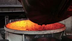 Spill steel Stock Footage