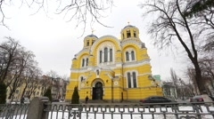 Historic cathedral in the center of the big city. Stock Footage