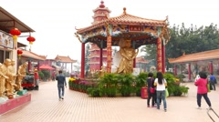 Main Plaza at Ten Thousand Buddhas Monastery, camera move forward Stock Footage