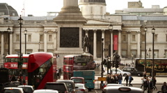 Street traffic at Trafalgar square nice tele shot Stock Footage