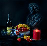 Still life with fruit and glass of wine beethoven Kuvituskuvat