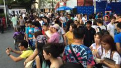 Crowd in Jatujak market Stock Footage