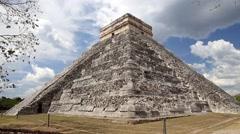 El Castillo (The Kukulkan Temple) of Chichen Itza Stock Footage