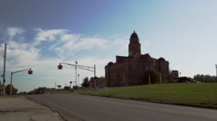 Time lapse of traffic looking towards Saunders County Court. Stock Footage