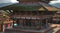 Time-lapse of Nyatapola temple and Taumadhi square in Bhaktapur, Nepal. Cropped. Stock Footage