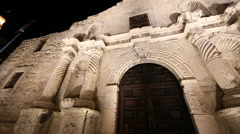 Up close panning view of the Alamo at night. Stock Footage