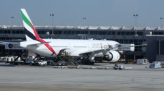 Emirate Airlines Boeing 777 At Washington Dulles Airport Stock Footage