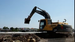 Heavy excavator loader Stock Footage