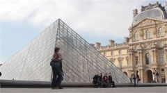 Paris - Place du Louvre Stock Footage