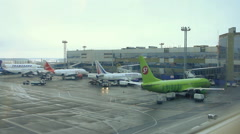 Landing airplanes, waiting for takeoff Stock Footage