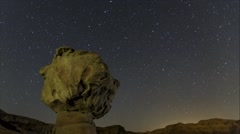 Time lapse of the stars spinning around the northern star in Timna Park Stock Footage