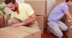 Men preparing relocation Stock Footage
