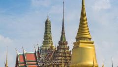 Wat Phra Kaew Famous Temple Of the Emerald Buddha Bangkok, Thailand (zoom out) Stock Footage