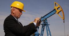 Maintenance Engineer Oil Pump Field Check Petroleum Installations Rig Structure Stock Footage