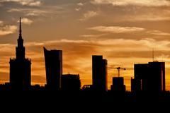 City of Warsaw Skyline Silhouette Kuvituskuvat