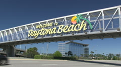 The famous Welcome to Daytona Beach sign Stock Footage