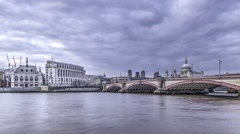 Time lapse of St Paul cathedral and Blackfriars bridge Stock Footage