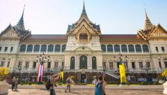 The Chakri Maha Prasat Grand Palace Of Bangkok, Thailand (zoom out) Stock Footage
