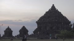Cloudy Sunset Candi ijo Stock Footage
