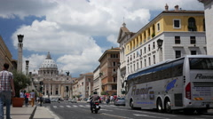 Traffic at the Via della conciliazione in Vatican City, Rome Italy Stock Footage